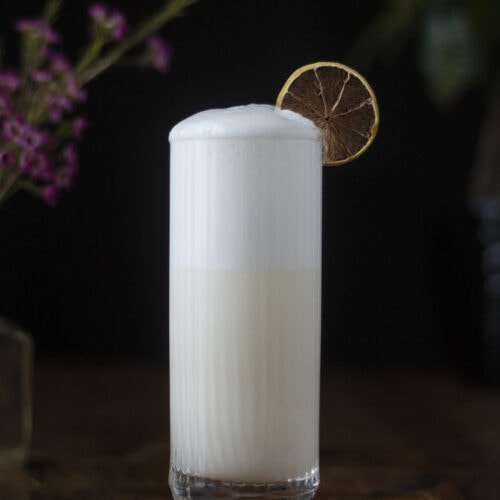 ramos-gin-fizz-classic-new-orleans-cocktail