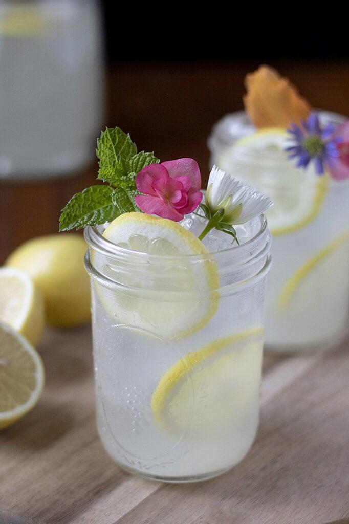 th-best-lemonade-recipe-ever-with-oleo-saccharum