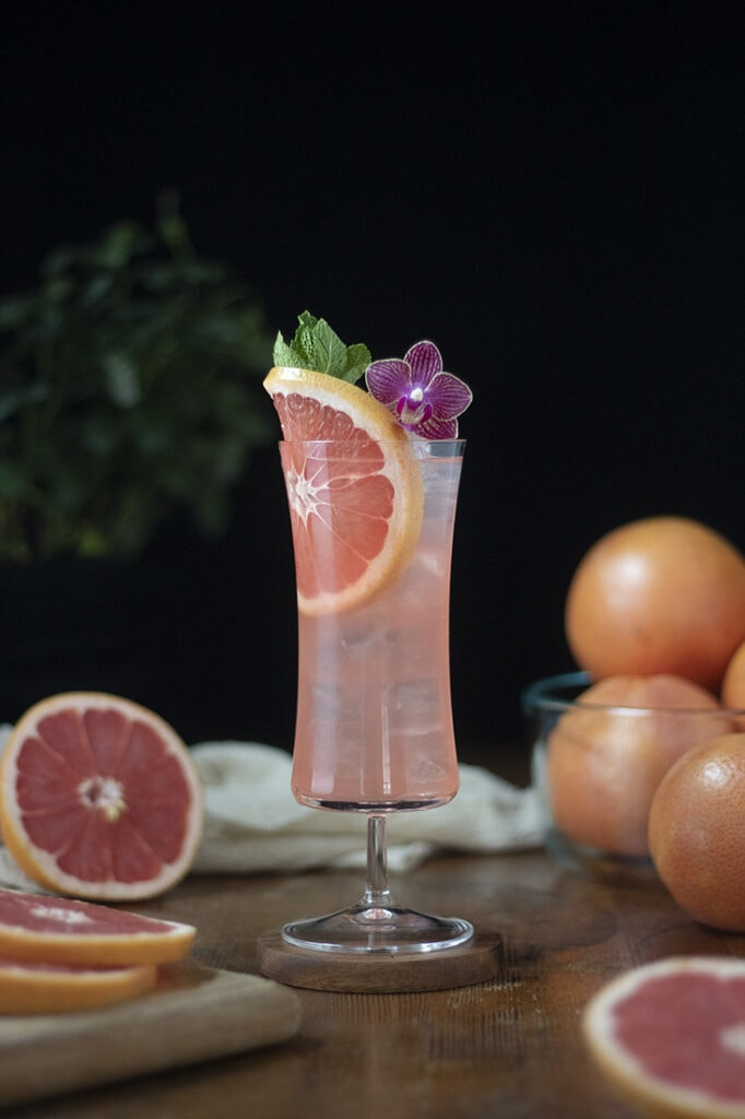 winter-sea-breeze-grapefruit-and-white-cranberry-cocktail-02