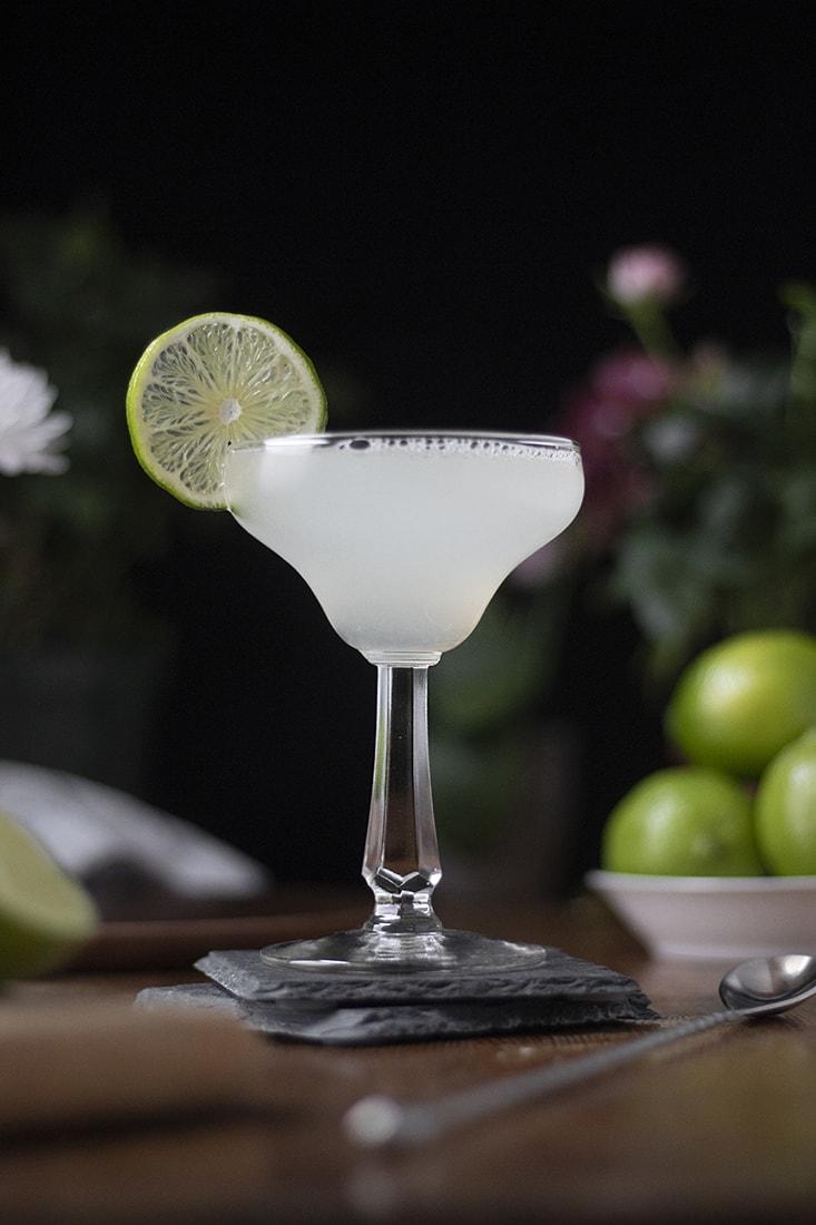 classic-margarita-cocktail-recipe-03