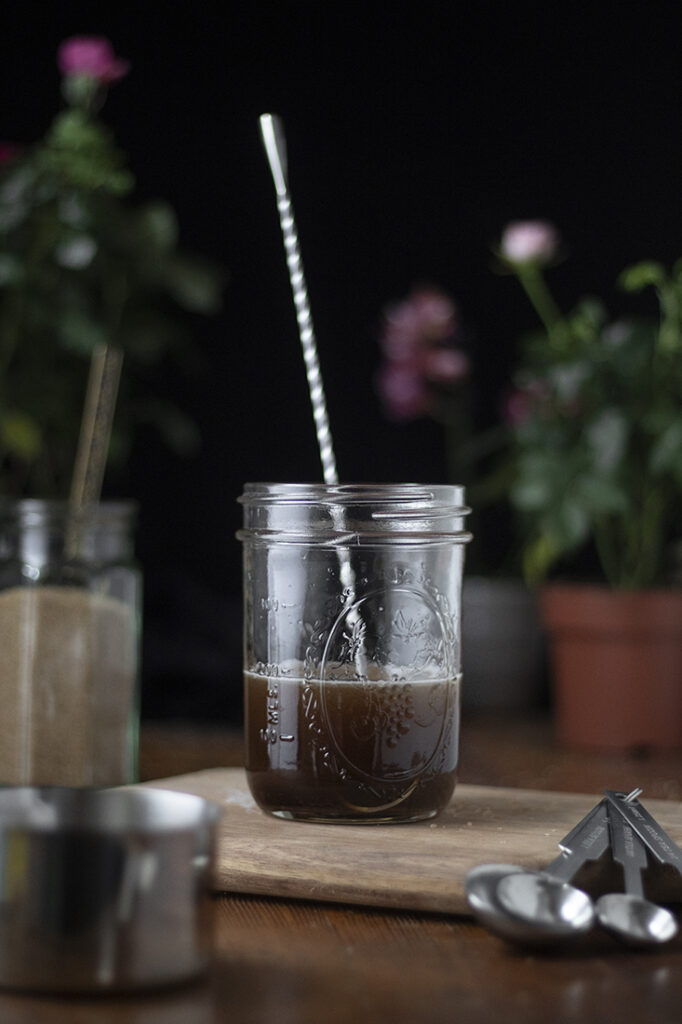 how-to-make-demerara-syrup-for-cocktails-02