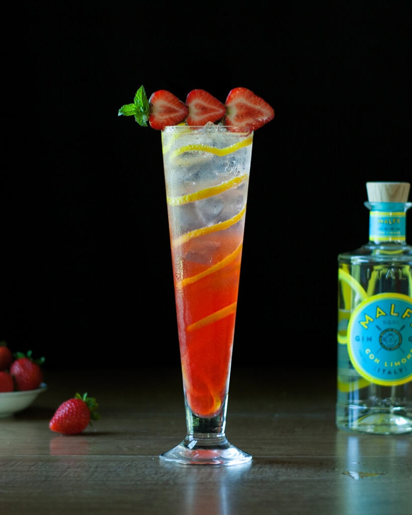 strawberry-lavender-gin-collins-cocktail-1199214