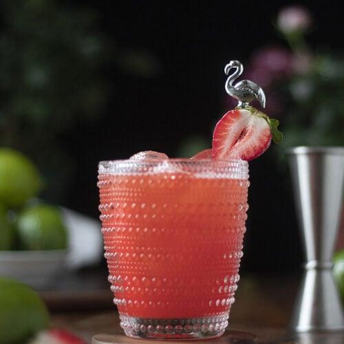 strawberry-passionfruit-margarita-cocktail-recipe-02